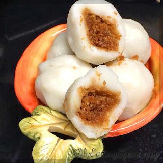 Gluten-free Coconut Stuffed Dumplings - Kozhukatta