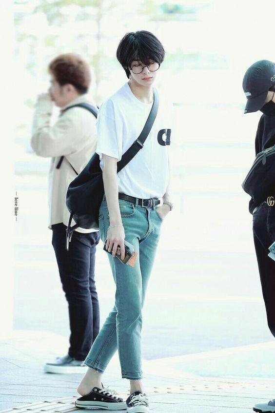 hyungwon body 16