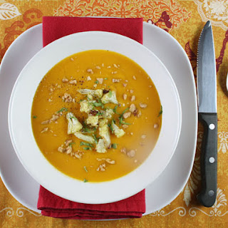 Quick Curried Cauliflower and Carrot Soup