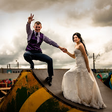 Wedding photographer Lena Bondarenko (lenabondarenko). Photo of 15.07.2014