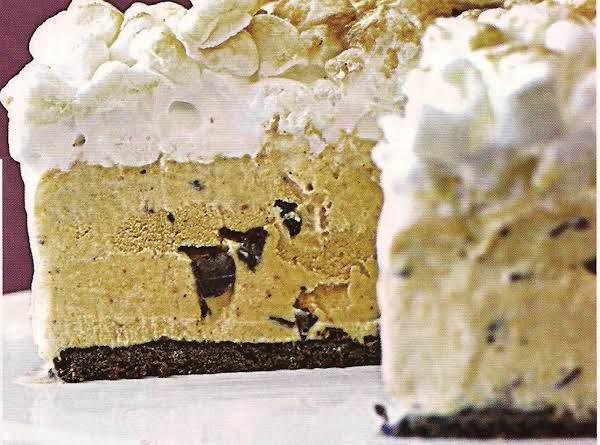 S'mores Pumpkin Chip Ice Cream Cake