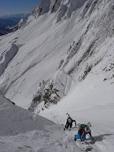 Photo: Une bonne neige printemps sur cette première partie d'itinéraire. On enfonce peu et on monte vite.