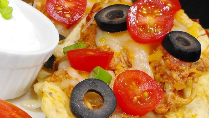 Restaurant Style Chicken Nachos Recipe