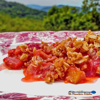 Strawberry Rhubarb Crisp Recipe
