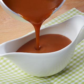 Portwein-Hagebutten-Soße