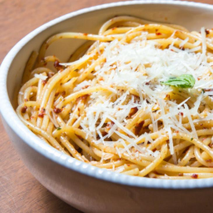 Sun Dried Tomato Pesto (with Pasta)