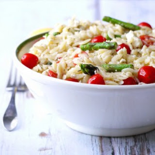 Summer Orzo Salad with Asparagus, Cherry Tomatoes and Feta
