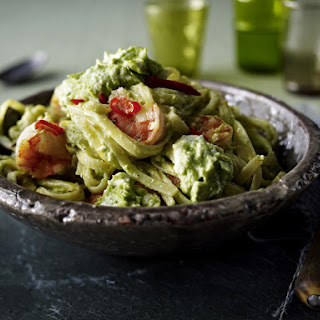 Spaghetti with Avocado, Feta and Shrimp