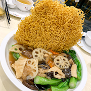 100. Crispy Chow Mein with Buddha's Delight