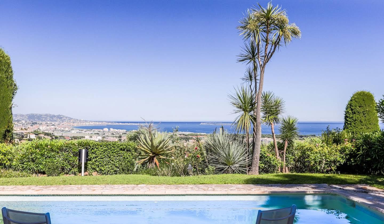 Villa avec piscine et jardin Mandelieu-la-Napoule