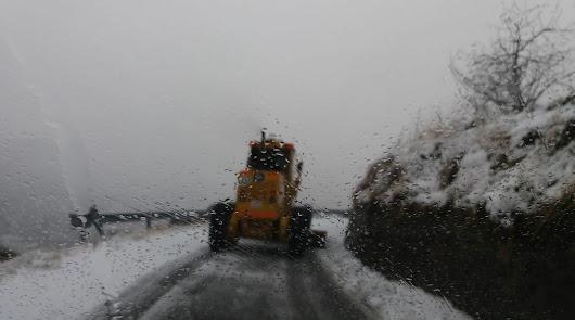 ¿Qué carreteras siguen cortadas por la nieve y en cuáles necesito cadenas?