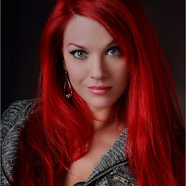 Flow red by Clifford Els - People Portraits of Women