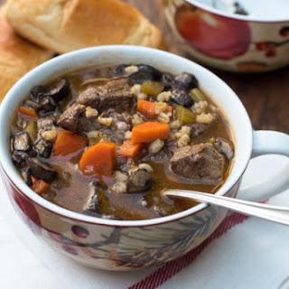 Slow Cooker Vegetable Beef Barley Soup