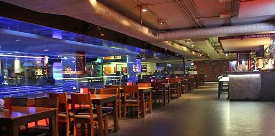 ipl-live-screening-bars-in-hyderabad-rush-sports-bar_image