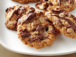 Photo: Get the recipe for Monster Marshmallow Cookies >> http://ow.ly/fSzNf