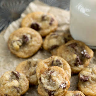 Mini Coconut Oil Chocolate Chip Cookies.