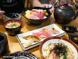 和月日本料理  味采居食屋