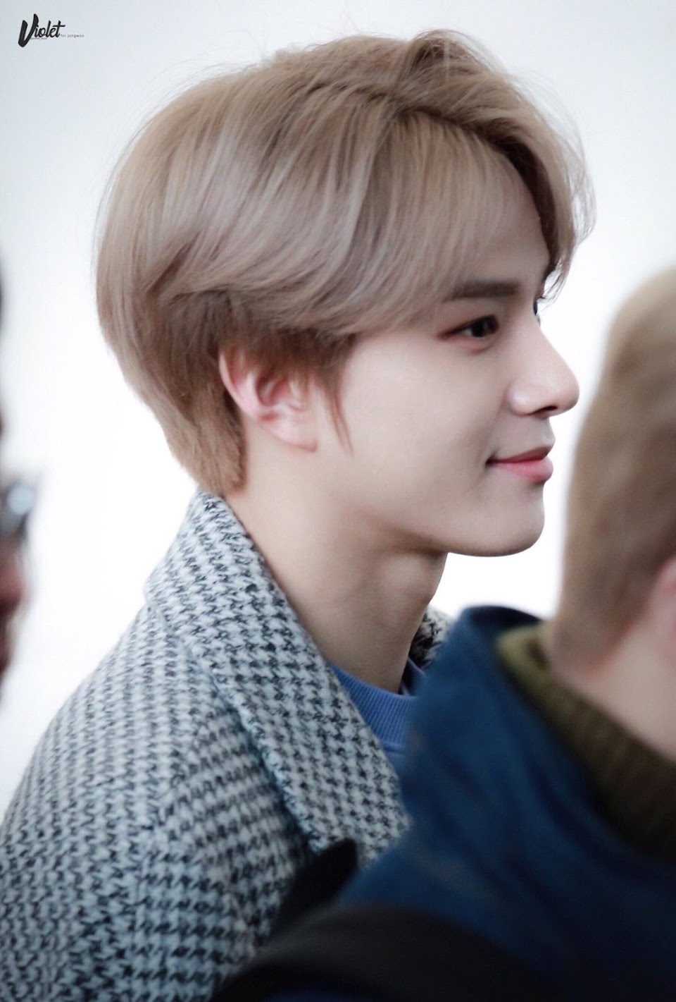 jungwoo profile 1