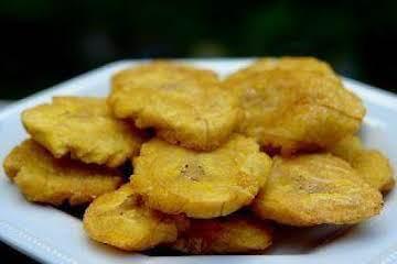 Abuelita's Tostones de Plátano (Fried Plantains)