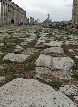 Photo: Apamea, Cardo Maximus traces of the heavy traffic over the stones .......... Karrensporen op de Cardo Maximus