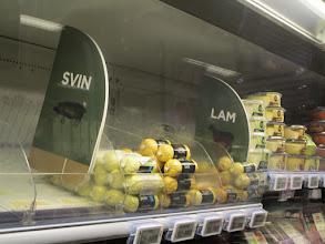 Photo: Zjistili jsme, že je ta norština fakt taková intuitivní. Dali byste si sviň nebo lam? ;)