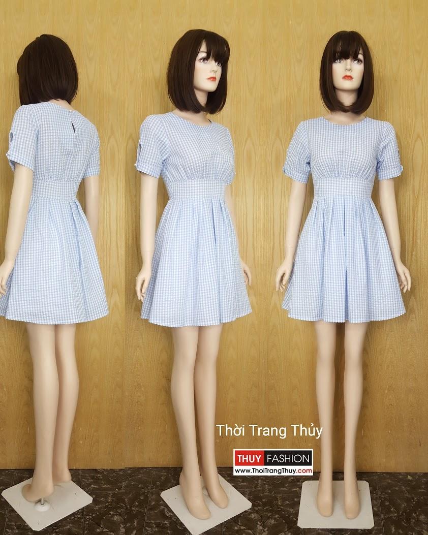 Váy xòe xếp ly kẻ caro xanh da trời Thời Trang Thủy Hải Phòng