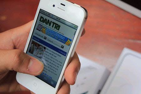 Thời gian sửa iPhone 4, 4s hỏng Micro nhanh chóng, có thể chờ lấy máy ngay