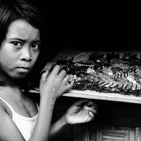 Sasak's Girl by Benny De - News & Events World Events