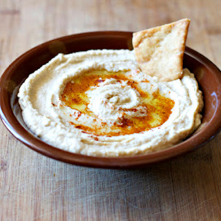 Hummus with Pita Toasts