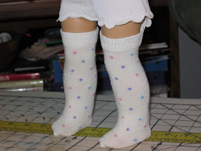 Photo: These are my completed socks and this is how I made them.