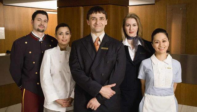 Nhà hàng khách sạn là ngành triển vọng, có mức lương cao