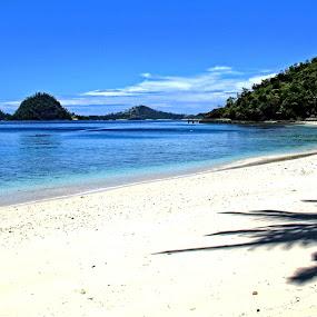 sikuai island-west sumatra (indonesia) by Irfan Andariska - Landscapes Beaches