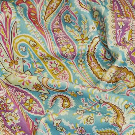 Felix Raison Cotton Velvet in jade från Liberty Fabrics Interiors