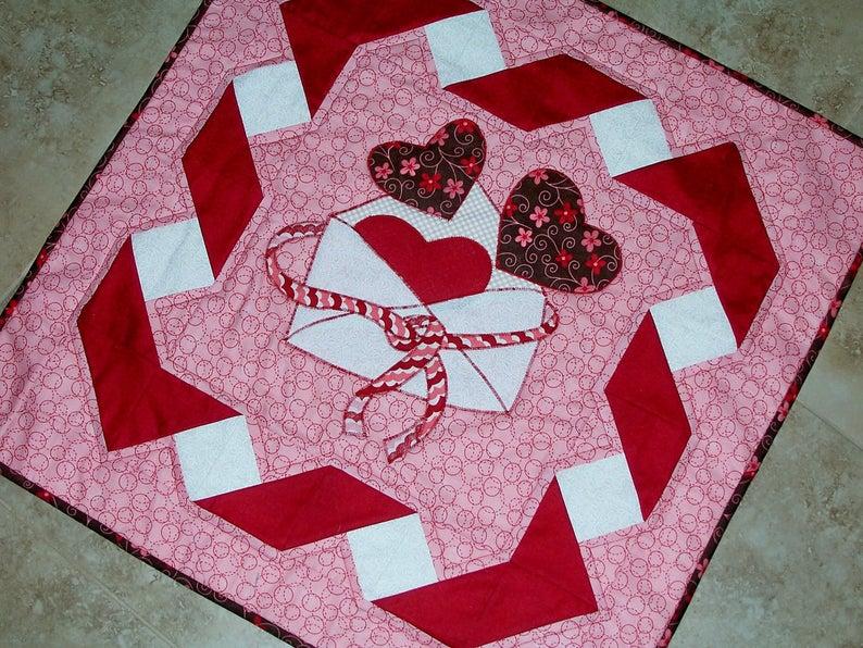 Be Mine Valentine wall quilt pattern