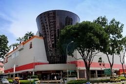 Shopping centers in Hougang