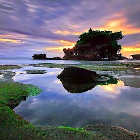Tanah Lot Tample by Agoes Antara - Travel Locations Landmarks ( travel.location.landmark.bali )