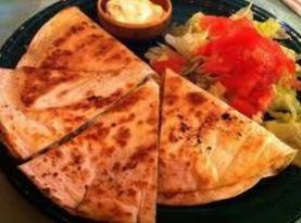 Easy Chicken Quesadilla's Recipe