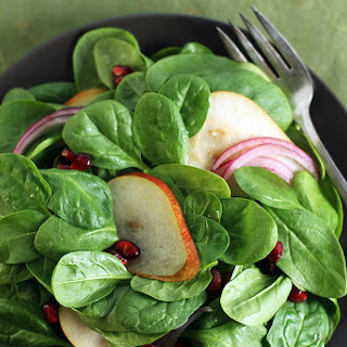 Spinach Salad with Pears and Pomegranate