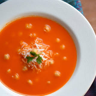 Tomato and Rice Soup with Chickpeas.