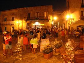 Photo: Erice meydanı.  Erice square.
