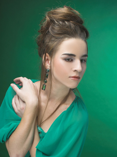 Photo: Laza magas hajviselet