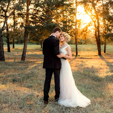 Wedding photographer Ekaterina Bobrova (Bobrova). Photo of 26.07.2018