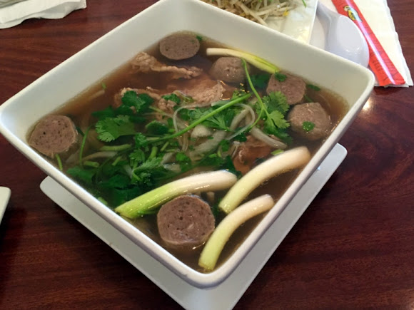 PHO - Rice Noodle Soup in Beef Broth