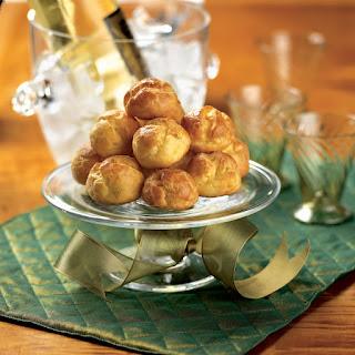 Cabot Horseradish Cheese Puffs