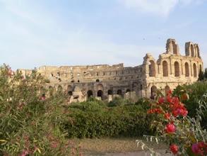 Photo: römisches Amphitheater in El Djem - ehem. Thysdrus (Urheberrecht R. Mayer)
