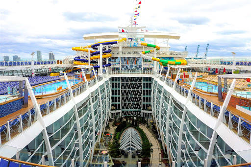 symphony-of-seas-center.jpg - Symphony of the Seas holds more than 5,500 passengers yet rarely feels crowded.