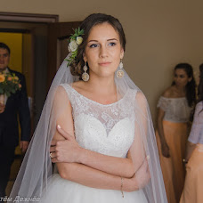 Wedding photographer Artem Dezhnev (89503222869). Photo of 26.10.2015