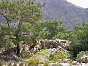 Photo: Chimera, Byzantine Church built on top of the remains of Hephaistos' Tempel .......... Resten van de Byzantijnse kerk die bovenop de Tempel van Hephaistos gebouwd is.
