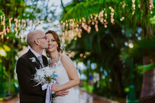 Wedding photographer Estefanía Delgado (estefy2425). Photo of 10.04.2018