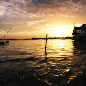 Port Klang by Darmal Ali - Landscapes Waterscapes ( amlbuton, sunrise, nikon, landscape )